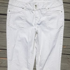 Maurice's white jeans 0604